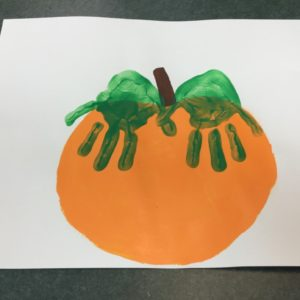 handprint-pumpkin-2